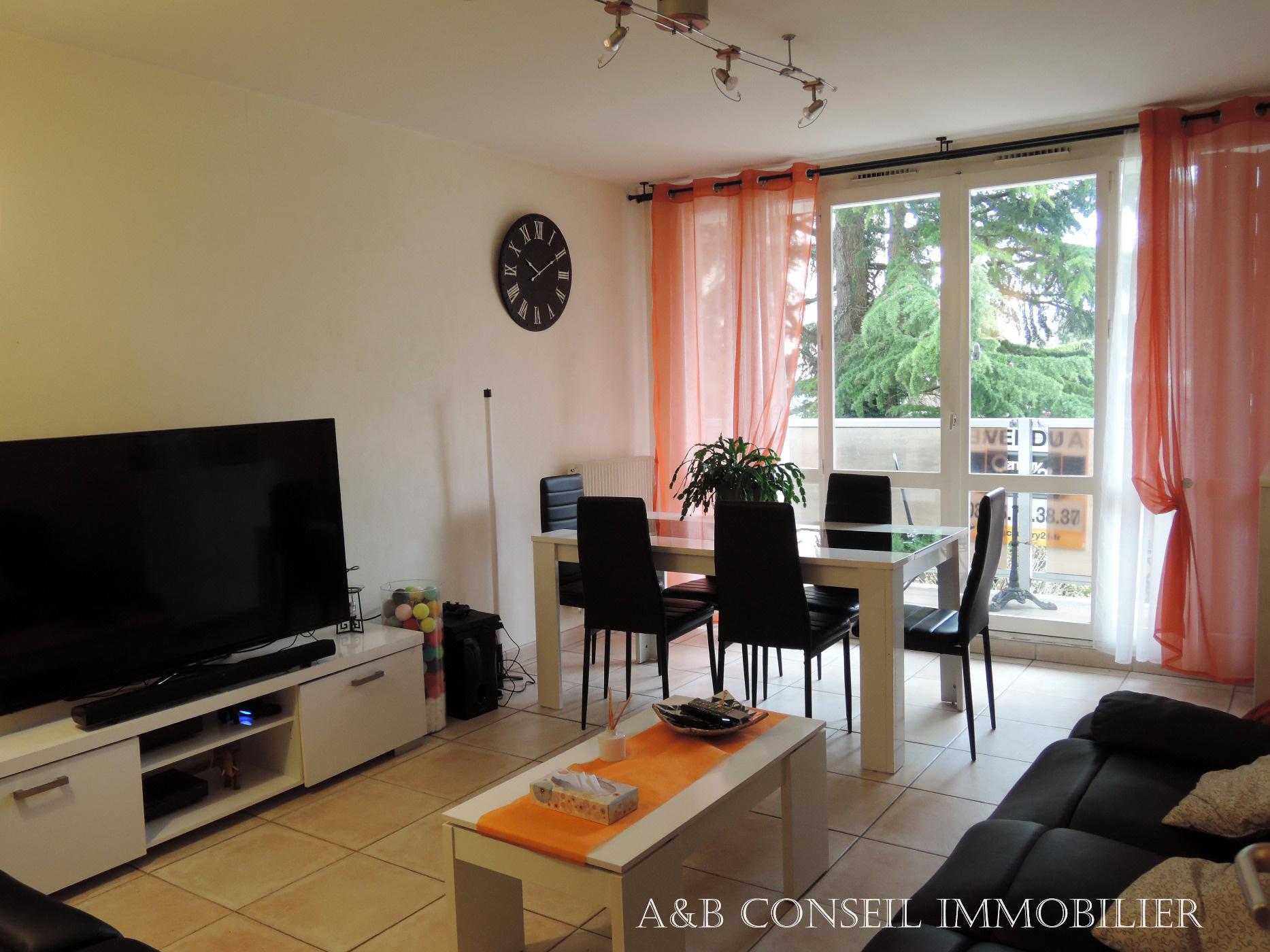 Vente troyes vente d 39 un appartement de 80m avec terrasse et garage - Compromis de vente garage ...